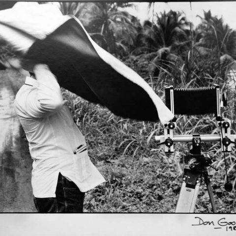 Ricardo-Lopez-Arias-fotografiando.-1986-(2)